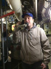 24-09. Подводная лодка. У аппарата.
