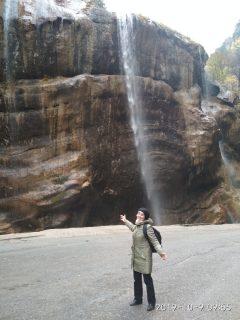 Алла с водопадом.